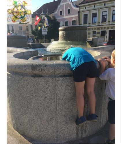 Brunnen Gmünd Stadtplatz
